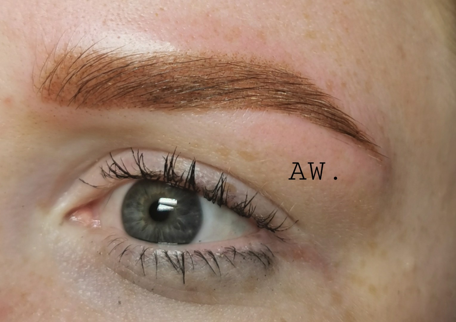 Maquillage permanent AW Institut